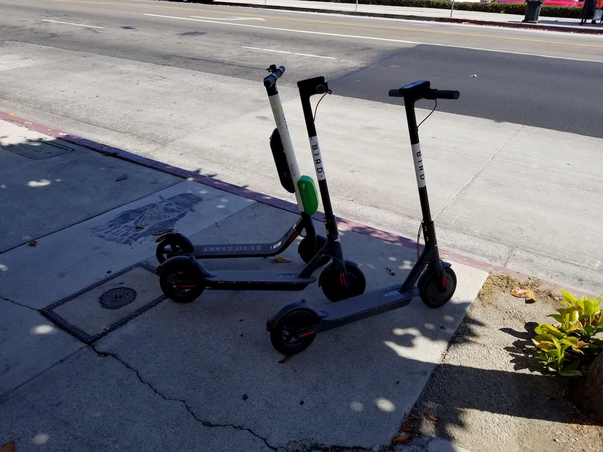 Electric Scooter Helmet Law in Los Angeles