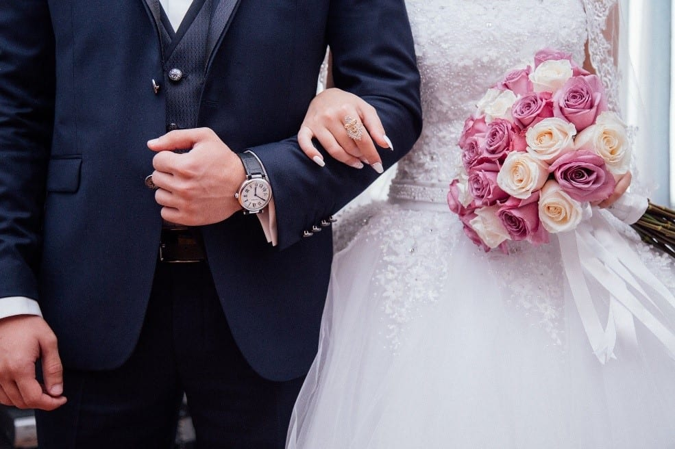 Can a Spouse File Bankruptcy Alone?
